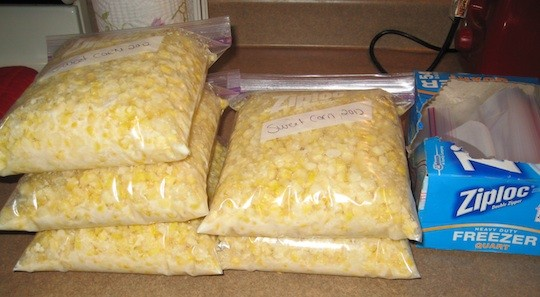 How to Freeze Fresh Corn: Sweet creamy, buttery sweet corn recipe…Yum!