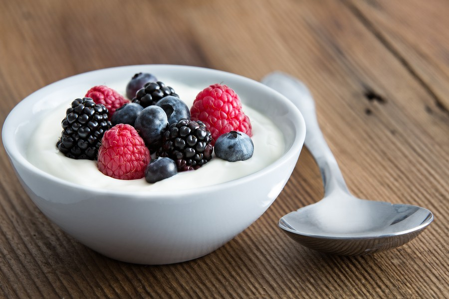 Yogurt: Is it all Greek to You?  {Is yogurt a healthy snack? Yogurt for post workout snack}