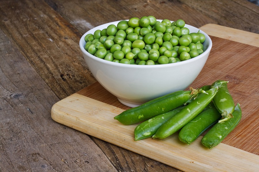 Peas Please! How to cook & store fresh peas  {creamed peas and potatoes recipe}